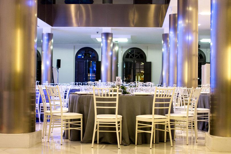 Patio interior edificio decoracion ndice ver tema casas curiosas noticias inmobiliarias de - Decoracion interiores valencia ...